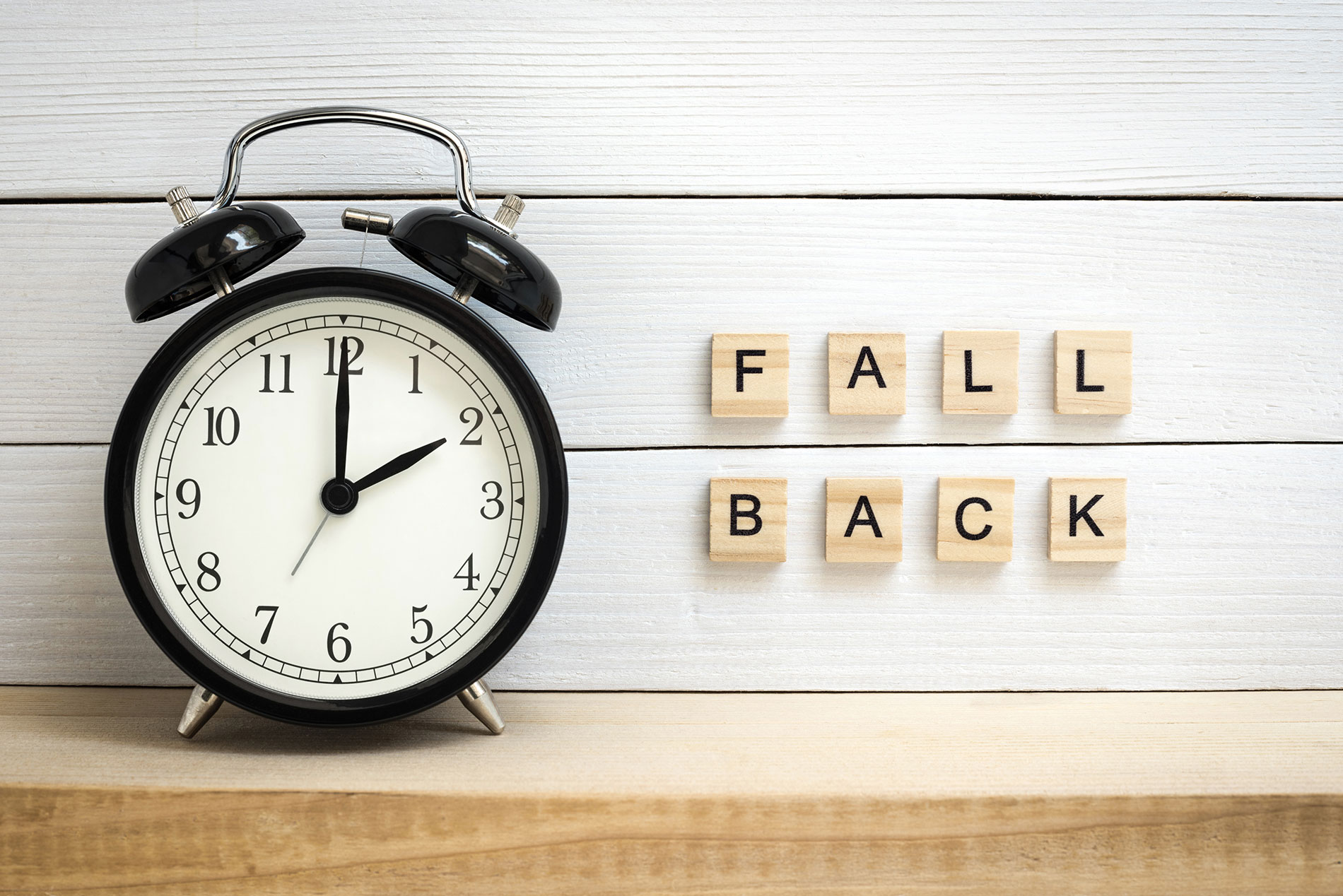 falling-back-at-the-end-of-daylight-saving-time